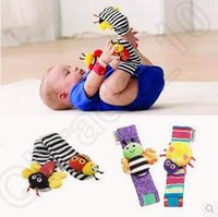 Wholesale 2 Designs set Lamaze Rattle Set Baby Sensory Toys Footfinder Socks Wrist Rattles Bracelet Infant Soft Toy CCA4915