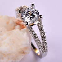 Wholesale Elegant Beautiful White CZ Wedding Rings For Women High Quality Sterling Silver Ring DNF0051