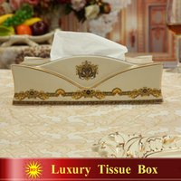 Wholesale Porcelain tissue box ivory porcelain the woman s head design embossed outline in gold tissue box pumping decoration tissue box