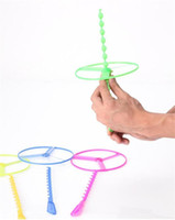 Wholesale The feixianguan Children Flying Toys Hand Pushing UFO Bamboo dragonfly Toy Flying Disc Outdoor sports Toys for kids