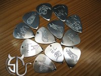Wholesale Customize pattens or characters pick necklace Handmade stainless steel guitar pick personalize pick for rock fans
