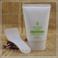 Wholesale Yan family mild depilatory cream body painless and vagina hair removal cream remove dark spots
