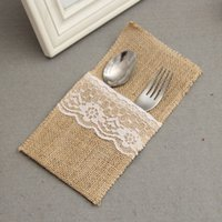 barn party - 21 cm Retro Jute Barn Pocket Rustic Wedding Tableware Bags Burlap Lace Knife and Fork Bag Party Dinner Table Decor ZA1341