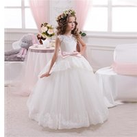 Wholesale Princess Ball Gown White Lace Flower Girls Dresses For Weddings Cheap Tulle Belt Bow Knot Custom First Communion Dress Gown