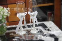 Wholesale New Arrival set wedding wine glasses set with Crystal and Bow Accessory Supply for Bride and Groom GL001