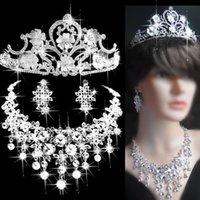 Wholesale New Arrival Royal Tassel Jewelry Set Crystal Tassel Fashion Statement Necklace Clip Earring Women s silver Jewellery