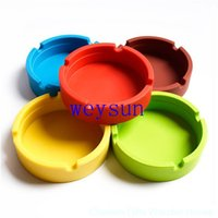 Wholesale 2016 New Men Noctilucent Soft Eco Friendly Pocket Round Shatterproof Cigar Astray Rubber Silicone Ashtray