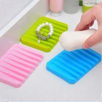 Wholesale Hot Sale Bathroom Silicone Flexible Soap Dish Storage Holder Color Soapbox Plate Tray Drain