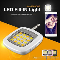 Wholesale Mini Portable LED Spotlight smartphone led flash fill light for iPhone and Android Devices for External Flash Fill Light Self