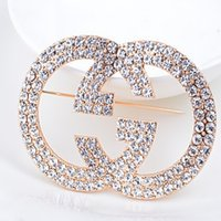 Wholesale Hot New Fashion Classic Fine Jewelry Luxury Brand Letter Gold Plated Crystal Rhinestone Breastpin Women Wedding Gifts