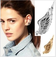 Wholesale Retro fashion angel wings have no ear hole ears hanging ear bones with ear clip trend