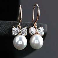 Wholesale 2016 New Gorgeous Design Pear Cluster Hang Shell Pearl Top Quality Cubic Zirconia Bridal Dangle Gold Earring