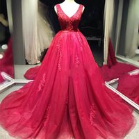 Wholesale Wedding dress custom made red color appliques beading ball gown bridal dress elegant long tulle wedding gown