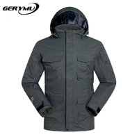 Wholesale Men Outdoor Two Sets Soft Shell Fishing Clothes Waterproof Warm Mountaineering Climbing Hunting Camping Clothing Jackets