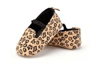 Wholesale Pair New Autumn Style Baby Walker Shoes Flat Toddler Princess Soft Bottom Non Slip Shoes