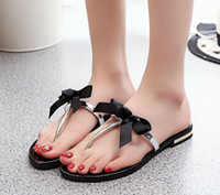 Wholesale Women Beach Slipper Flip Flops Sandals Rhinestone Bow Thong Jelly Shoes Summer Ladies Jelly Flip Flops Fashion House Cheap Slipper Size