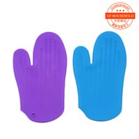 Wholesale Bakeware silicone oven gloves microwave oven barbecue heat insulation gloves anti hot anti slip strip food grade PDA