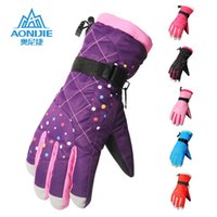 Wholesale High Quality Men and Women Outdoor Sports Ski Glove Soft Comfortable Waterproof Windproof Wear Resistance Gloves Climbing Skiing