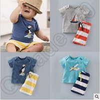 aircraft designs - 100set CCA4163 High Quality Designs Boy Aircraft Bird Ship Stripe set Suit Children Cartoon Short Sleeve T shirt Shorts Clothing Sets