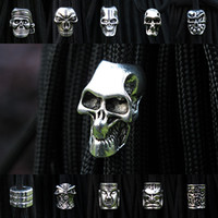Metals skull Silver Free shipping 50pec lot Keychain Ring Buckle DIY String outdoor paracord accessories Pendant Metal Skull beads Pirate Camping