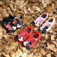 Wholesale 2016 The new mickey Minnie jelly crystal shoes girls sandals boots mini sed jelly shoes soft beach shoes