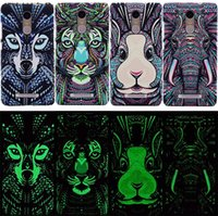 apple pc world - 2016 New Fluorescent Noctilucent D cute Cartoon Animal world Tiger Lion OWL Wolf PC Phone Case Cover For Iphone SE s s Plus