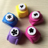 Wholesale 10Pcs Mini colorful craft hole punch Paper cutter tool DIY craft hand tool for making beautiful cards use