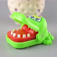 Wholesale Creative Crocodile Game KidMouth Dentist Bite Finger Funny Toy For Children Adult Party Favor Novelty Practical Decors Christmas Gift XL T02