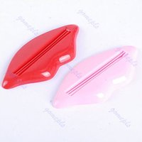 Wholesale Y102 Sexy Hot Lip Kiss Bathroom Tube Dispenser Toothpaste Cream Squeezer Selling