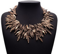Wholesale Hot Fashion Vintage Branches Crystal Statement Women Bib New Choker Necklace