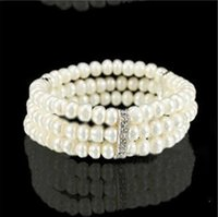 Wholesale New Arrival Simple Brand Design Noble Imitation Pearl Elastic Bracelet Statement Accessories Jewelry Women