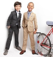 Wholesale Lovely Boy Wedding Suits Boys Formal Occasion piece Custom Made Boy tuxedos