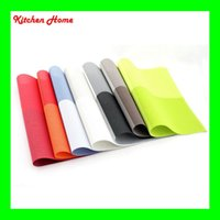 Wholesale Hotproof Waterproof Hotel Restaurant PVC Table Placemat Eco friendly Dining Waterproof Anti Slip Square Table Mat Pads Colors