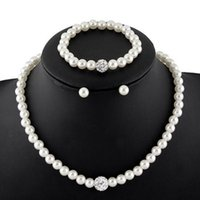 Wholesale Fashion Jewelry Pearl Diamond Necklace Pendant Necklaces and Earring Bracelet Sets Bride Jewelry for Dancing Party Wedding