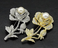 Wholesale Beautiful delicate roses brooch white pearl brooches alloy small gift sell retail beautiful pins