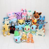 achat en gros de farce pikachu-20pcs / set Anime Pikachu 20 Poupée de collection de peluche de caractère de peluche de caractère de peluche doux différent de caractère dans le sac
