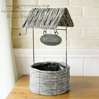 Wholesale NEW Pastoral style creative thatched cottage hydroponic flower basket iron willow basket Home Furnishing retro decorative basket