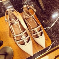 Wholesale Hot Sale Designer Brand New Luxury Female Leather Pointed Toe Square Low Heel Pumps Lady Woman T Strap Rivet Party Shoes