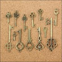 antique key pendant - Vintage Charms Mixed Keys Pendant Antique bronze Fit Bracelets Necklace DIY Metal Jewelry Making DY727
