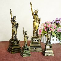american building materials - fashion accessories Metal Material Arts and Crafts Statue of Liberty American style Landmark building Character model