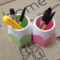 Wholesale Creative Pen Vase Pencil Pot Makeup Brush Holder Stationery Desk Tidy New Design Container Gift D0646