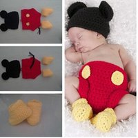 beanie shoes - Newborn Baby Crochet Photography Props Handmade Children Mickey Mouse Beanie Hat Shorts and Shoe Set Toddler Costume