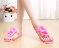 Wholesale fashion women candy shoes flat sole t type flowers ladies crystal sandals