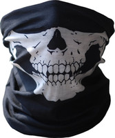 Black Seamless Multi Function Skull Face Tube Masque Echarpe Balaclava pour CS Moto Vélo et plein air