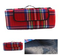 Wholesale Fleece Picnic Mat Waterproof x200cm Giant Outdoor Camping Supplies Kids Crawling Beach Sunbathing Foldable Handle Handbag Mat