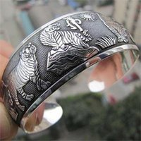 animal cuff bracelets - Fashion White Tiger Printed Women Cuff Bracelet Women Vintage Bangles Tibetan Tibet Silver Totem Metal Bangles Animal Jewelry