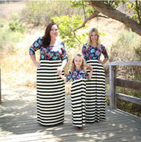 Wholesale Retail European Style Striped Mom And Me Dress Mother Daughter Dresses Family Look New Fashion Floral Matching Mother Daughter Clothes