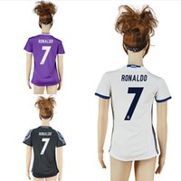 Wholesale 16 Women Real Madrid Soccer Jerseys Woman Girl Shirts Ronaldo Bale Benzema Female Home Away Football Uniforms Lady Soccer Jersey