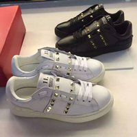 Wholesale fashionville u611 genuine leather sneakers v shoes unisex fashion men women couple black white