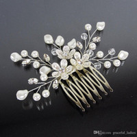 Silk Flower accessory jewelry store - 2015 Pearl Bridal Hair Comb Bridal Hairpiece Jewelry Swarovski Rhinestones Flower Wedding Vines Headpieces Bridal Hair Accessories Store